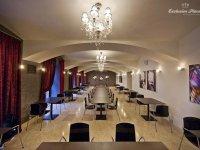 Comsa Brno Palace
